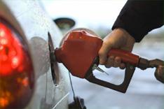 Чем опасен поддельный бензин