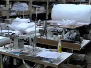 В Ленинском районе нашли фабрику по производству поддельной мебели