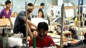 Подпольные фабрики по пошиву одежды с нелегалами из Вьетнама обнаружили в Подмосковье