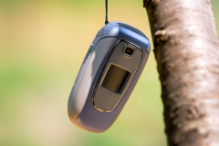 Как отличить поддельный сотовый телефон от оригинала?