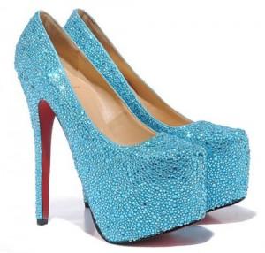 Как отличить туфли Christian Louboutin оригинал от подделки
