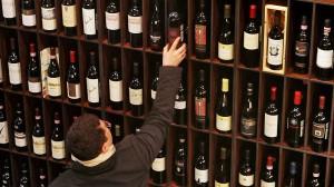 Зачем нужна минимальная цена на вино?