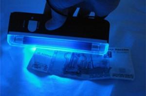 Представитель ГУ ЦБ рассказал об особенностях проверки фальшивых купюр