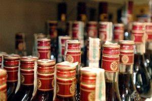 В МВД рассказали, как отличить легальный алкоголь от подделки
