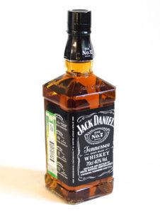Виски Jack Daniel's: как отличить настоящую бутылку от подделки
